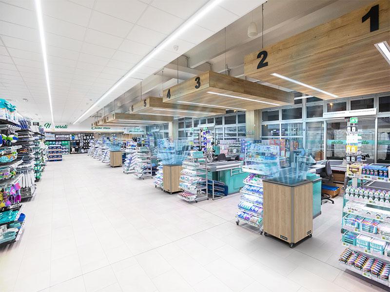 Luftklar Luftreiniger erzeugen sichere Raumluft im Supermarkt